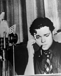 [Another photo of Orson Welles]